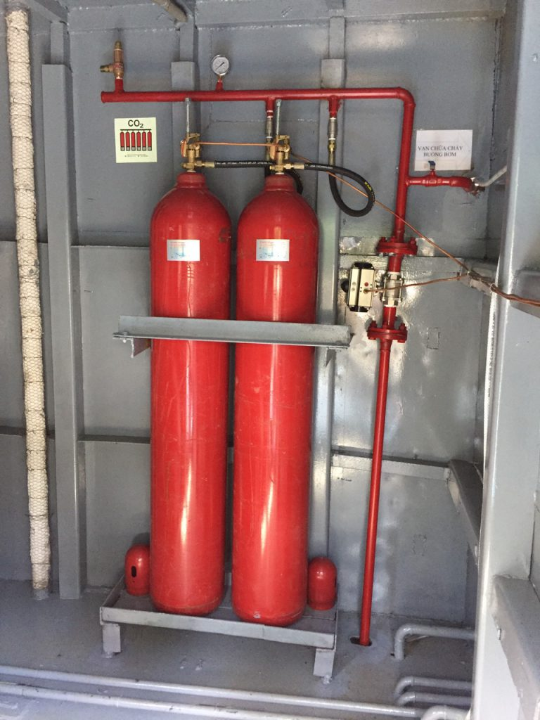 Lắp hệ thống khí C02